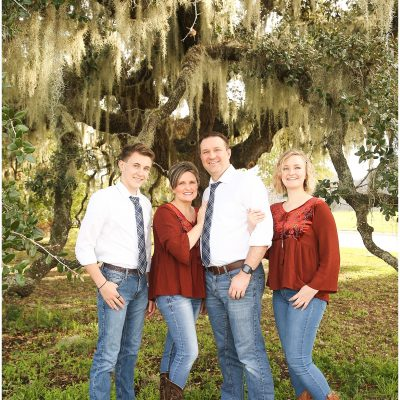 Southern Charm Family. Spring Family Photographer.