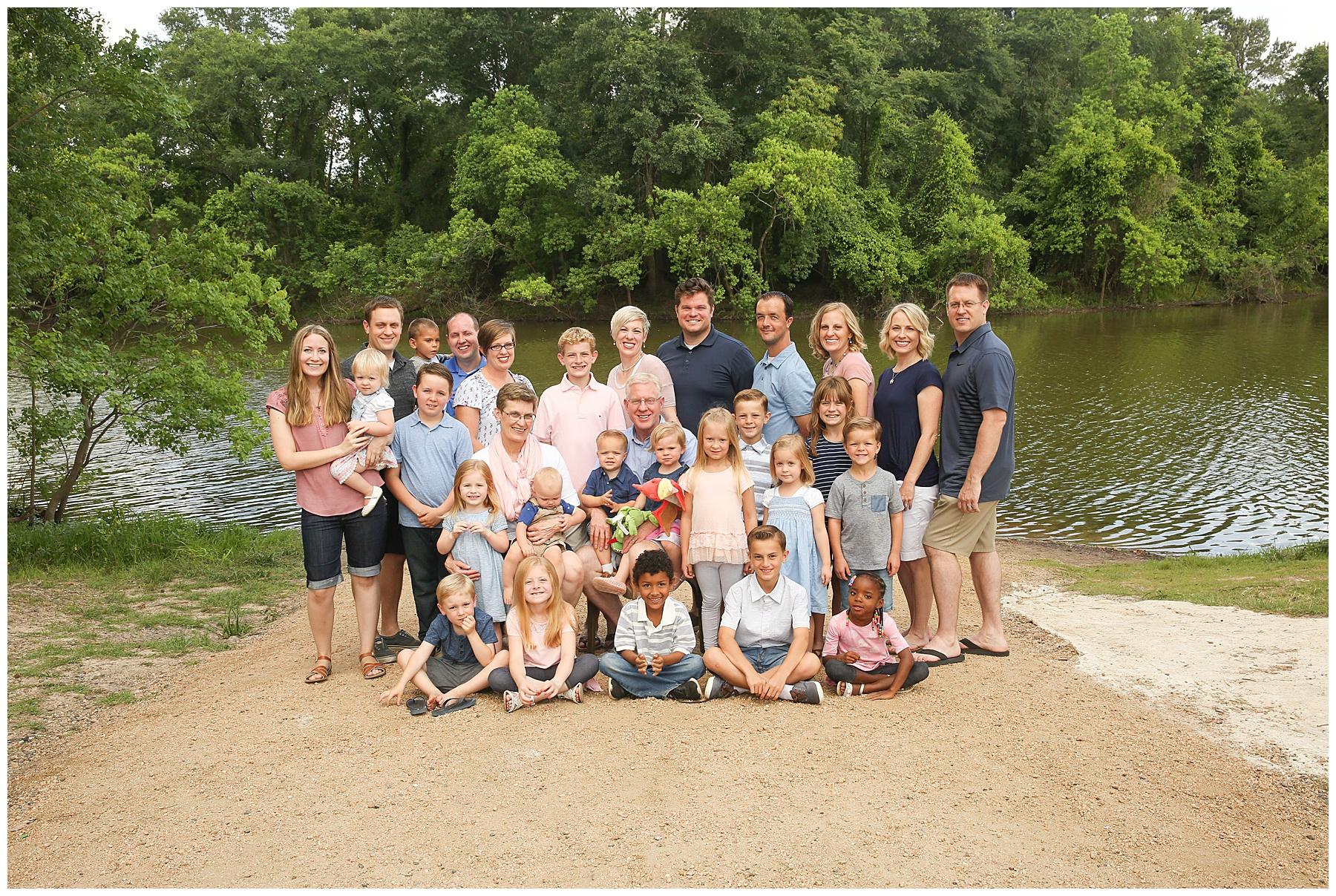 Shurtliff Family Reunion. Spring Family Portraits. Spring, TX